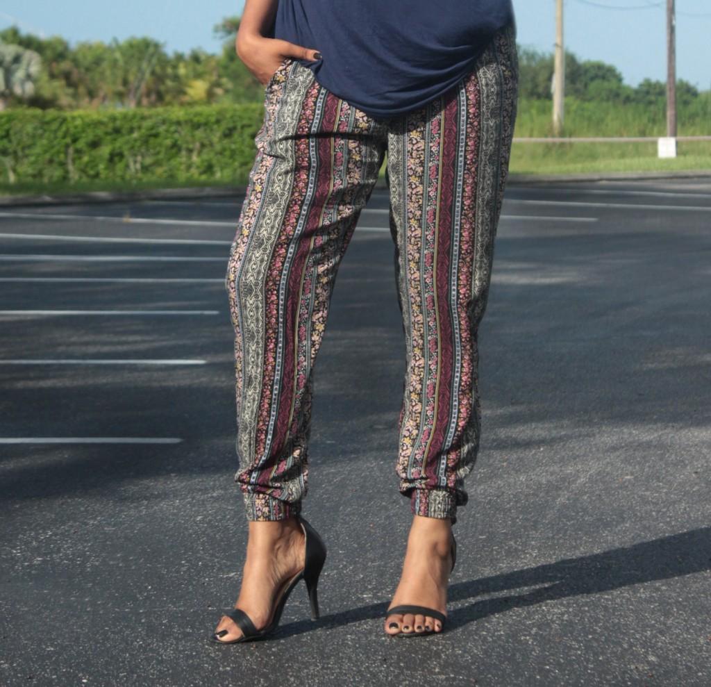 Miami Fashion Blogger Pacsun Printed Comfortable Jogger