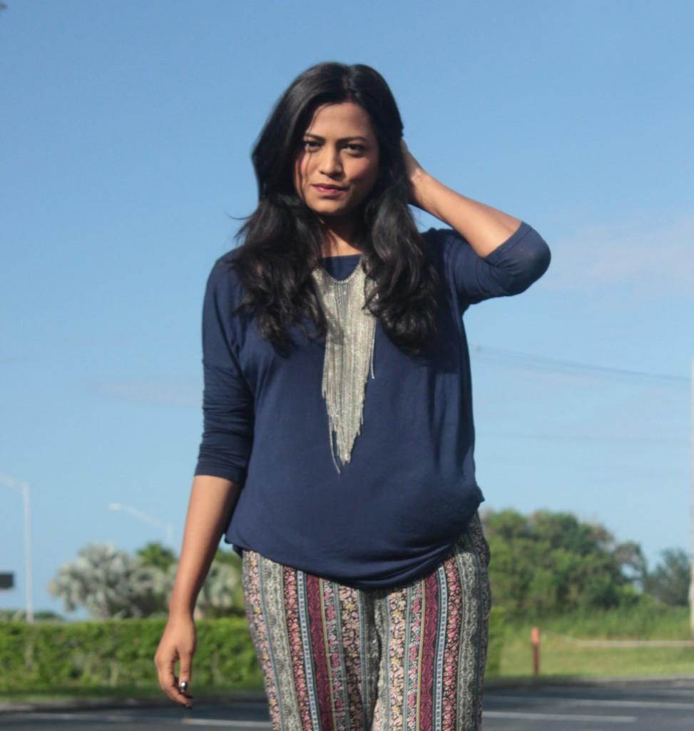 Miami Fashion Blogger Pacsun Printed Jogger Afroza Chic Stylista