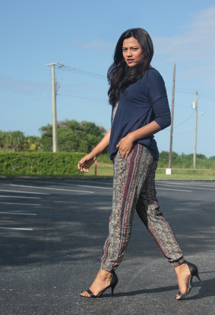 Miami Fashion Blogger Pacsun Printed Jogger Chic OOTD