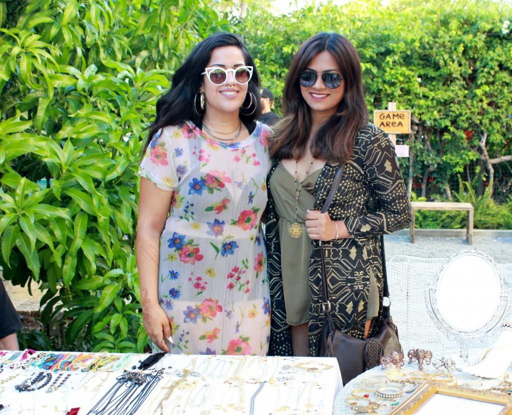 Freehand Miami Fashion Blogger Chic Stylista Afroza Khan & Vidakush