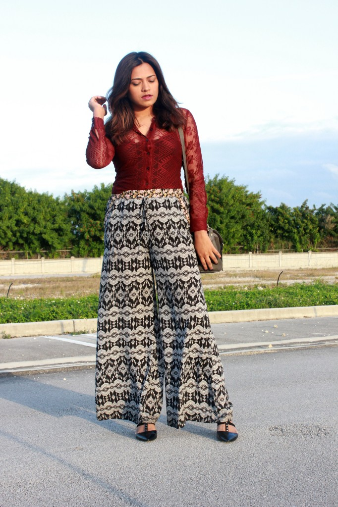 Miami Fashion Blogger Chic Stylista Lace Shirt Printed Pants