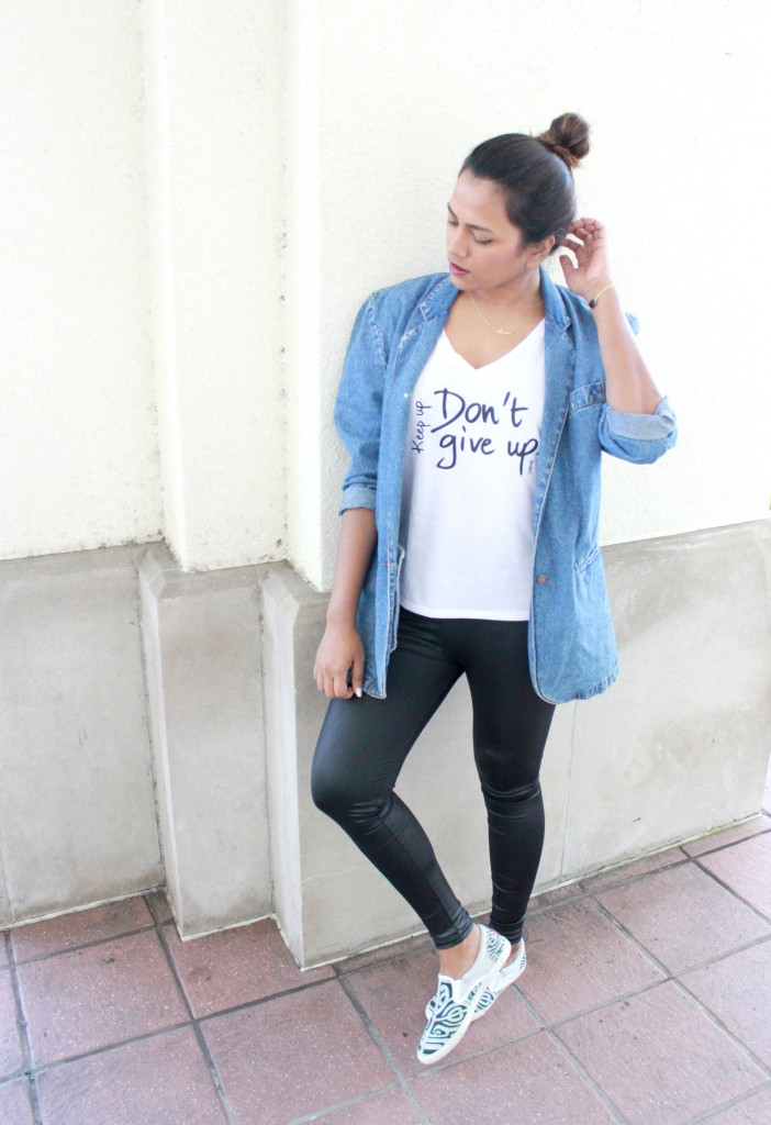 Miami Fashion Blogger Chic Stylista Afroza Khan Le Motto T-shirt