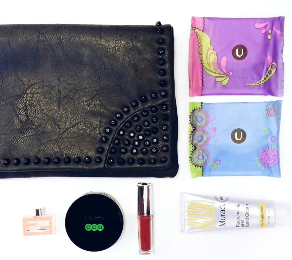 Fashion Blogger Purse Essential U By Kotex