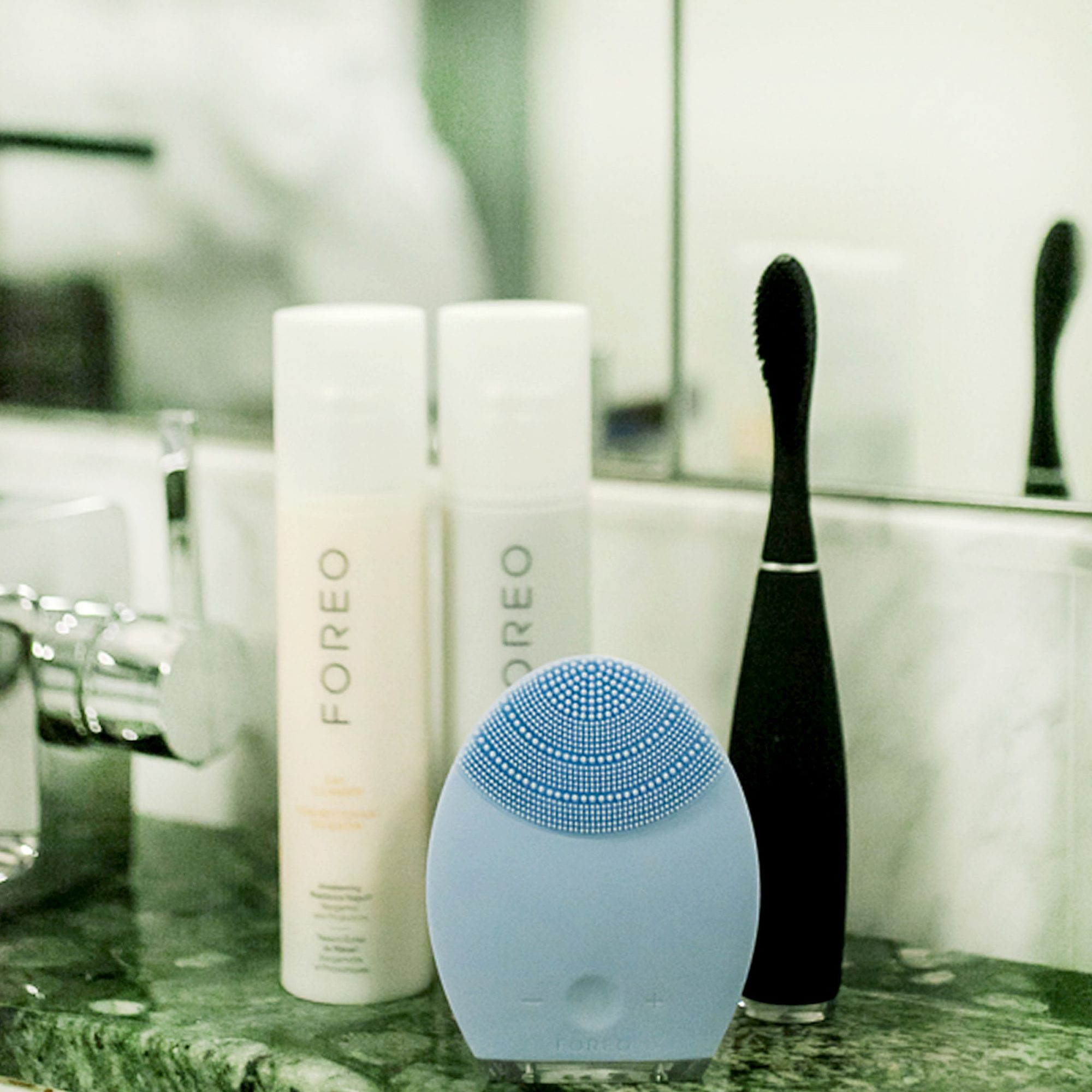 Foreo Products Review by Blogger Chic Stylista