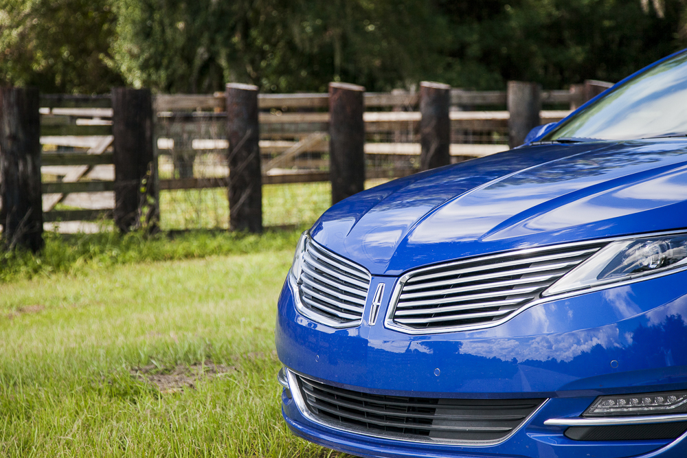 Lincoln MKZ Bright Blue Luxury Car