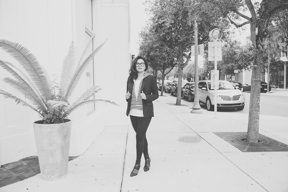 Miami Fashion Blogger Afroza Khan Black and White