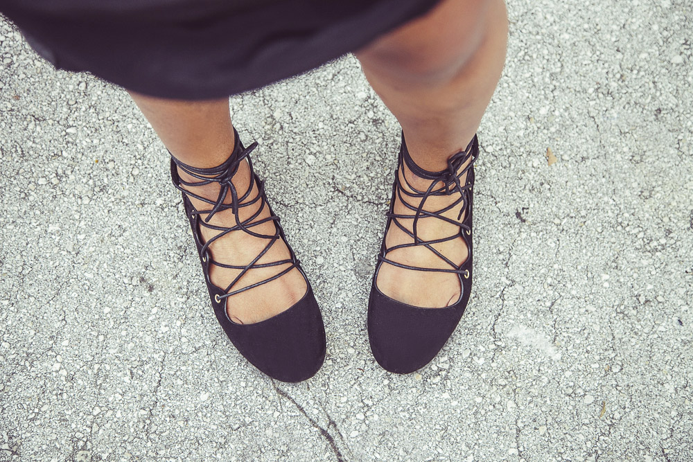 Fashion Blogger Lace Up Flats