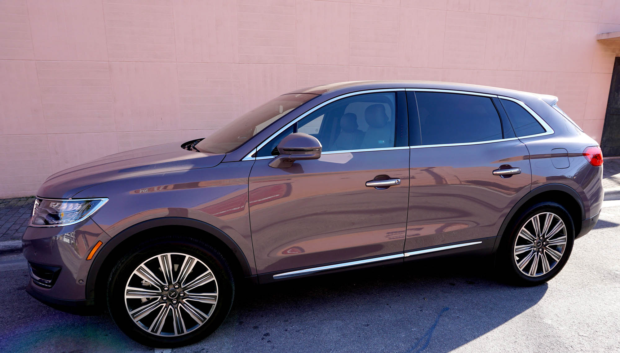 Lincoln MKX Black Label Luxury Crossover