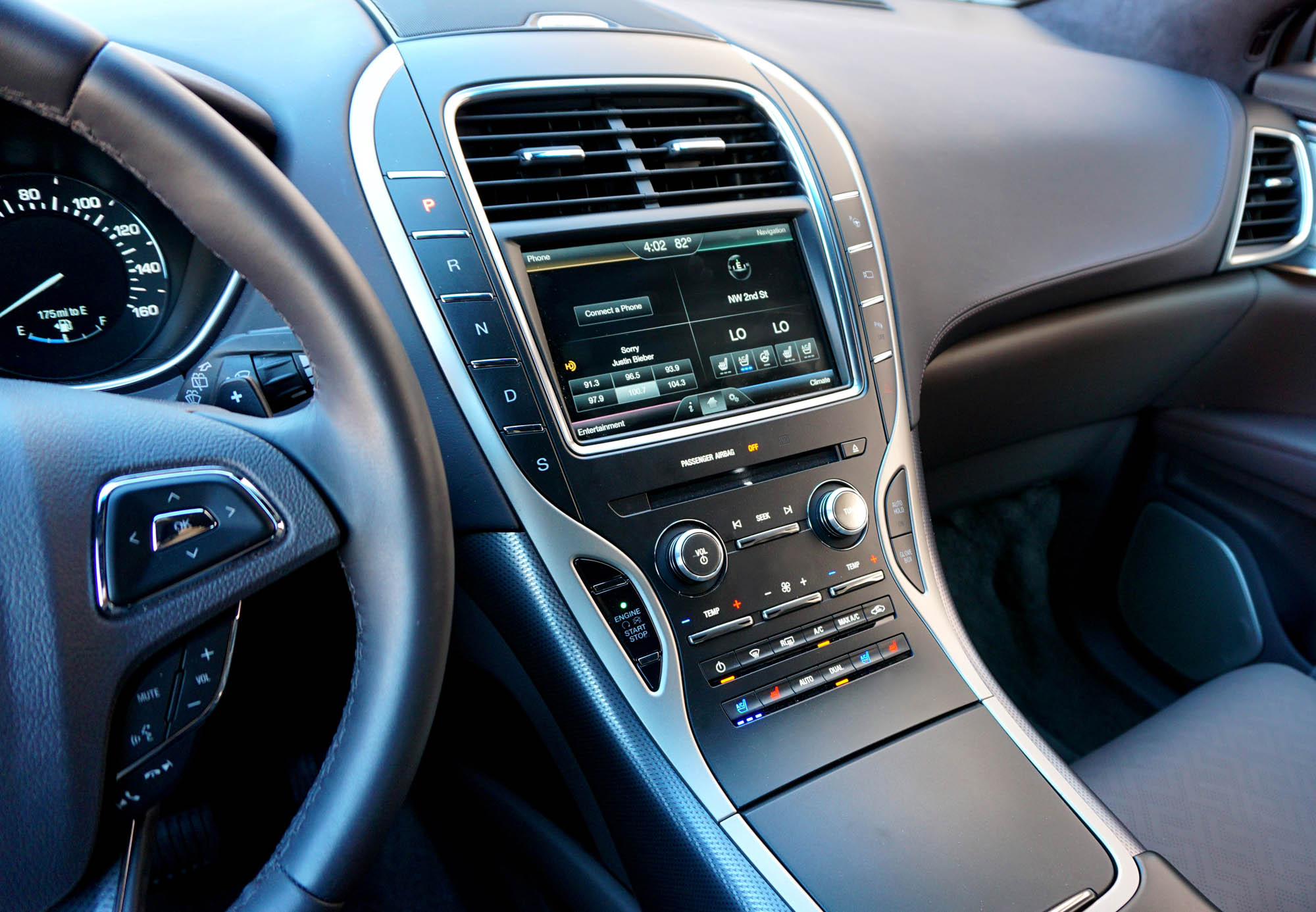 Lincoln MKX Car Blogger Dashboard