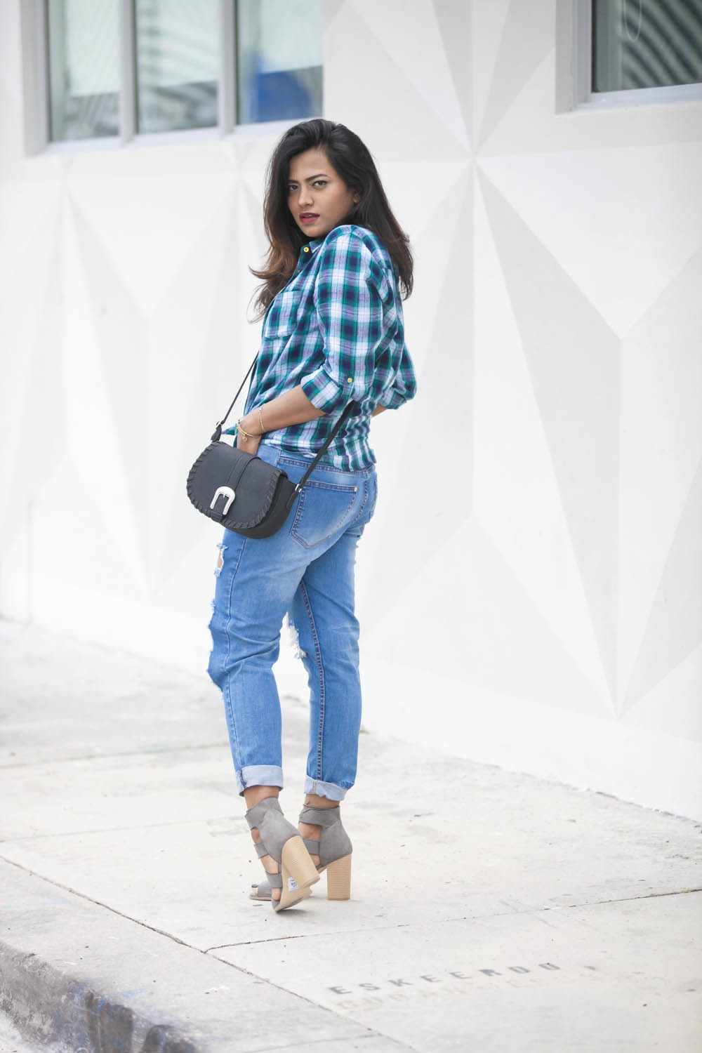 Plaid Shirt Spring Outfit