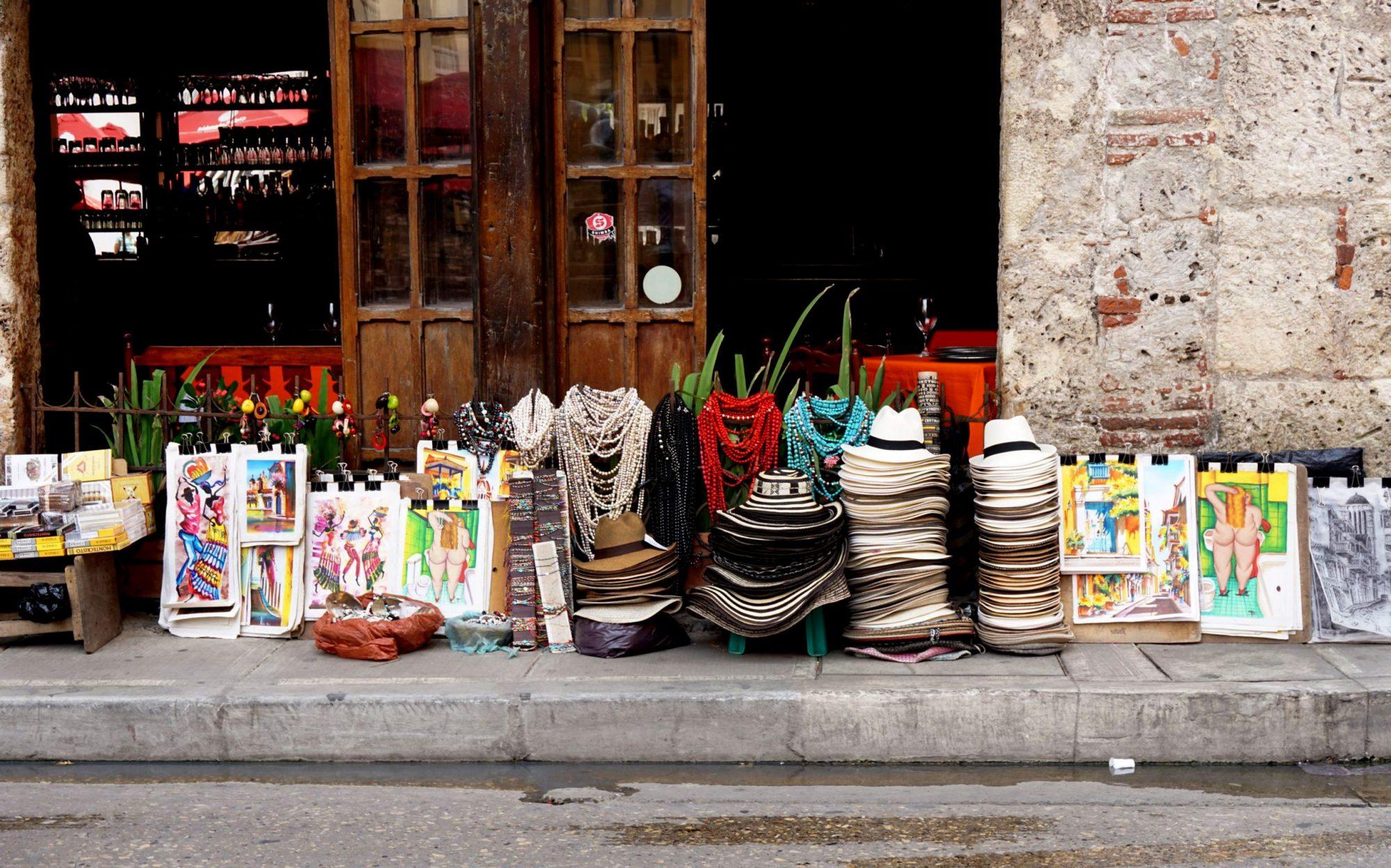 cartagena de indias street market travel blogger