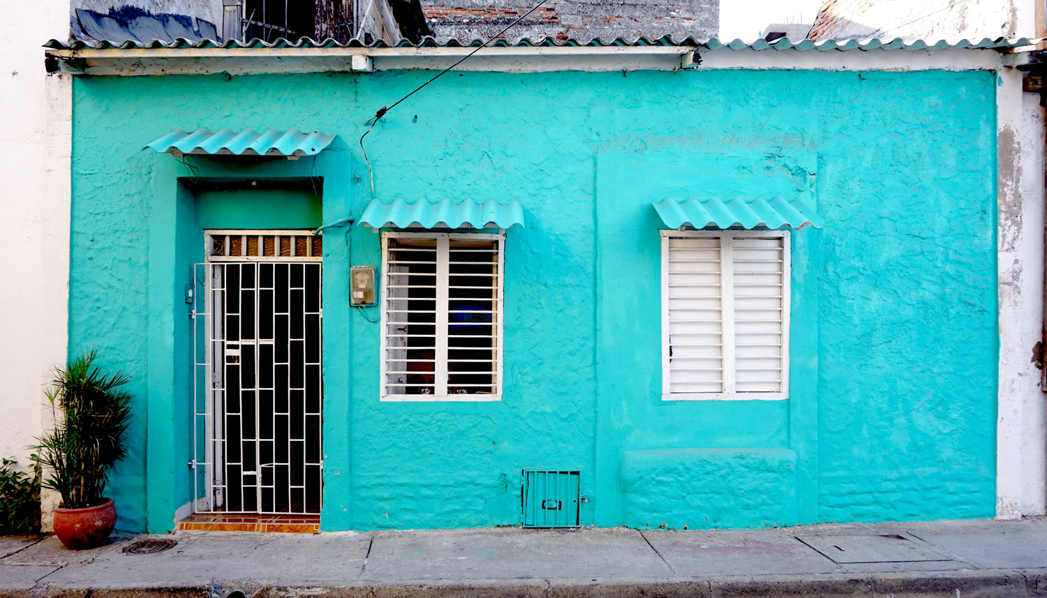 Getsemaní Cartagena Colorful Streets Teal Building