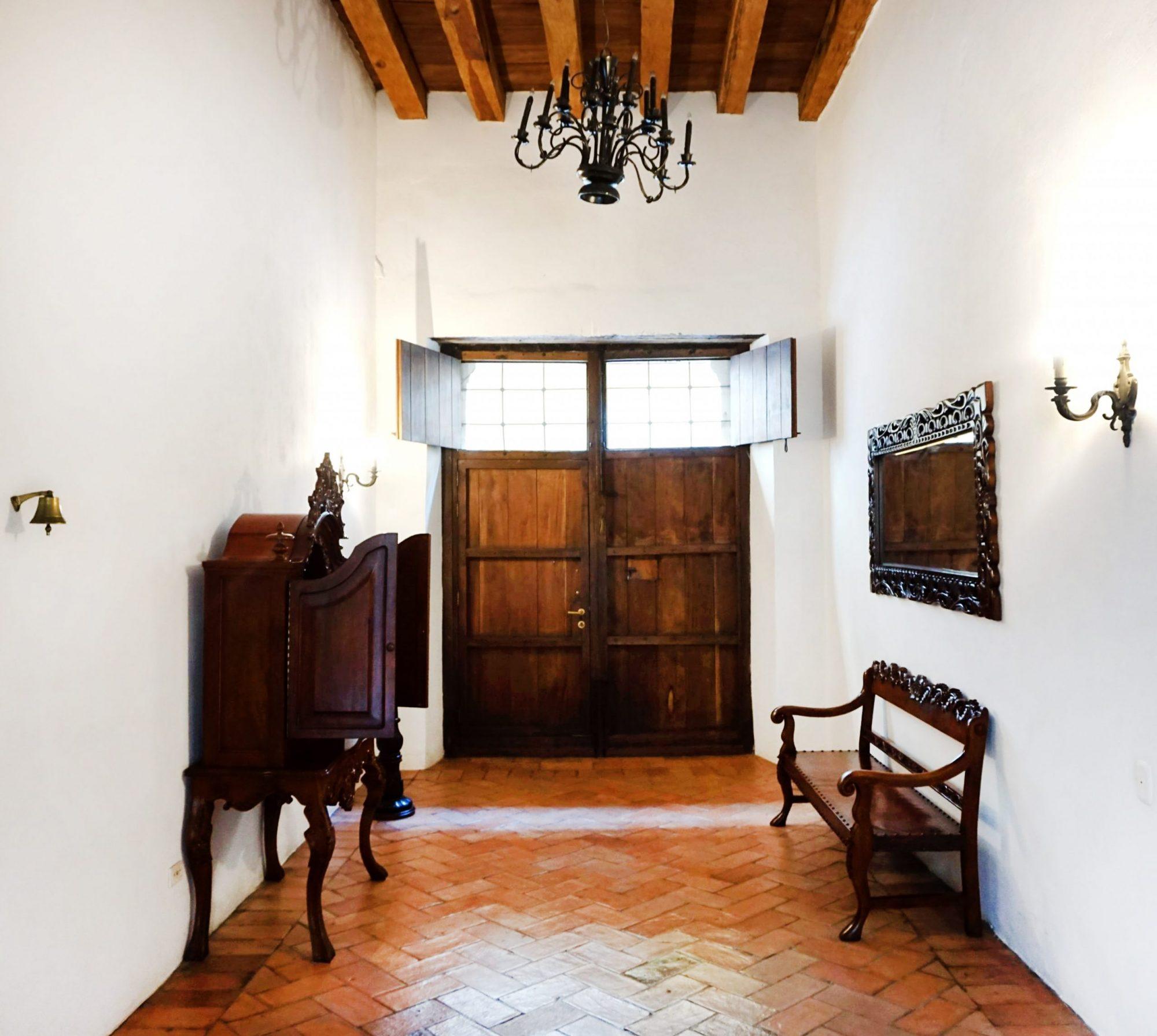 Cartagena Luxury Hotel Alfiz Lobby