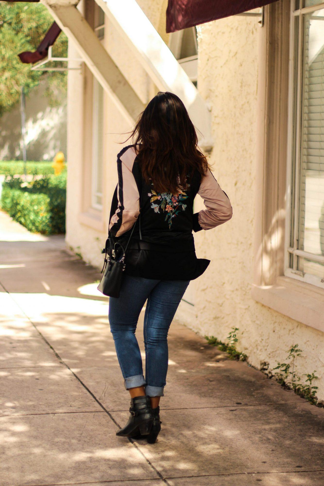 fashion-blogger-floral-bomber-jacket-style
