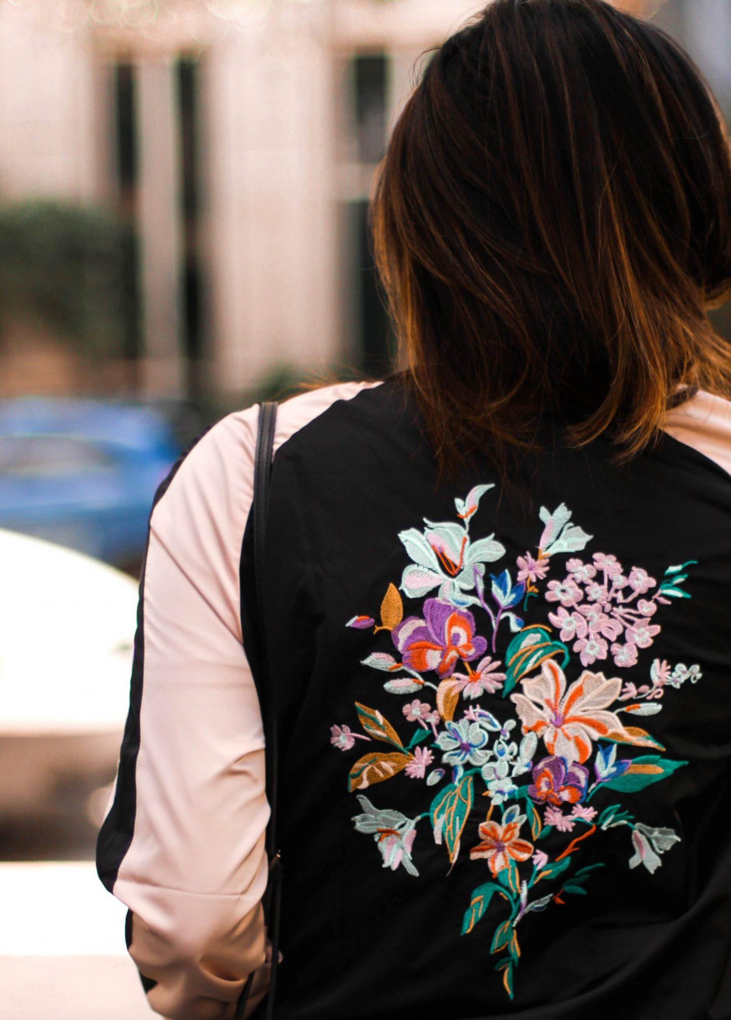 satin-floral-pinkbomber-jacket-detail