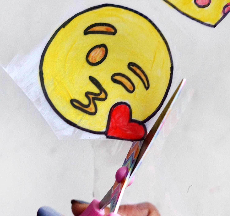 diy-emoji-pins-for-jackets