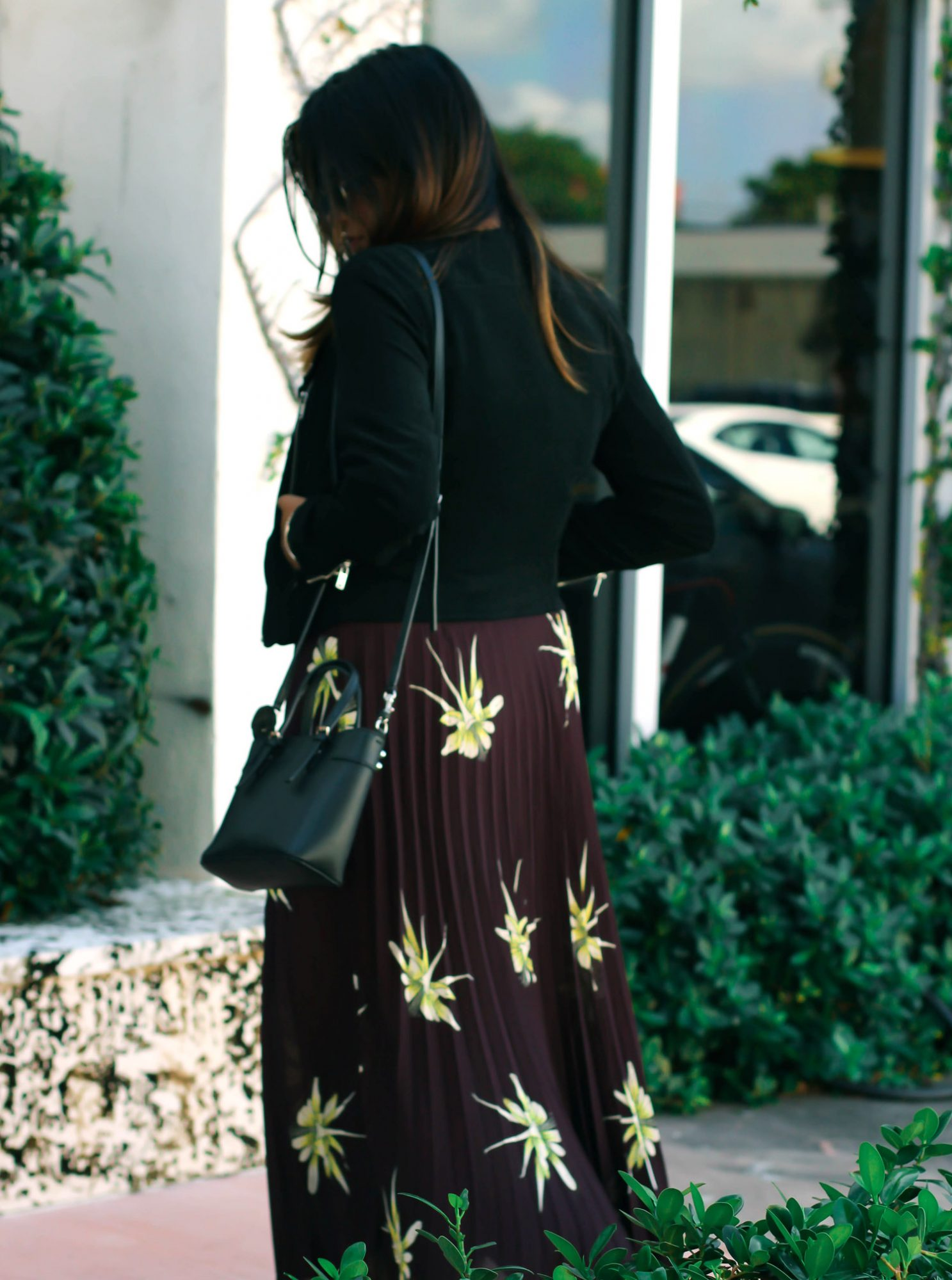 top-fashionista-afroza-khan-pleated-skirt