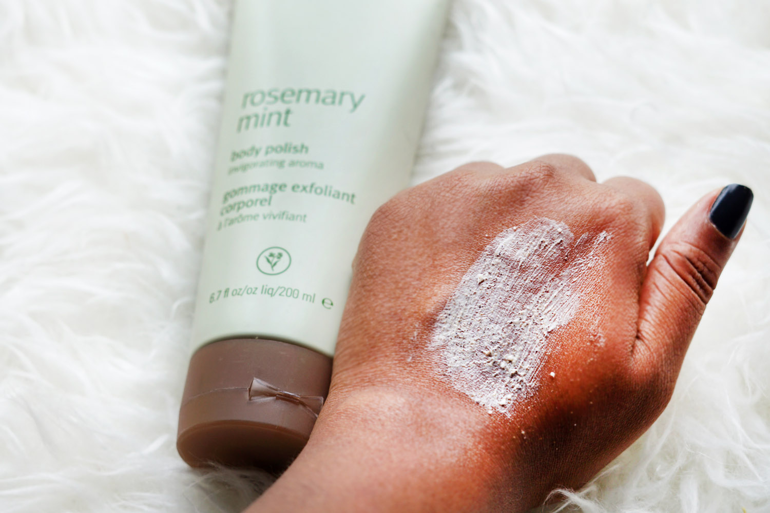 aveda-rosemary-mint-body-polish-review-beauty-influencer