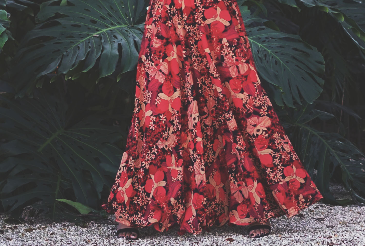 Red Floral Print Detail Maxi Dress