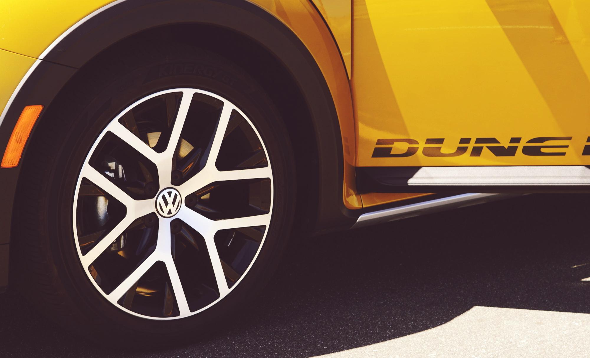 Volkswagen Convertible Wheel Details