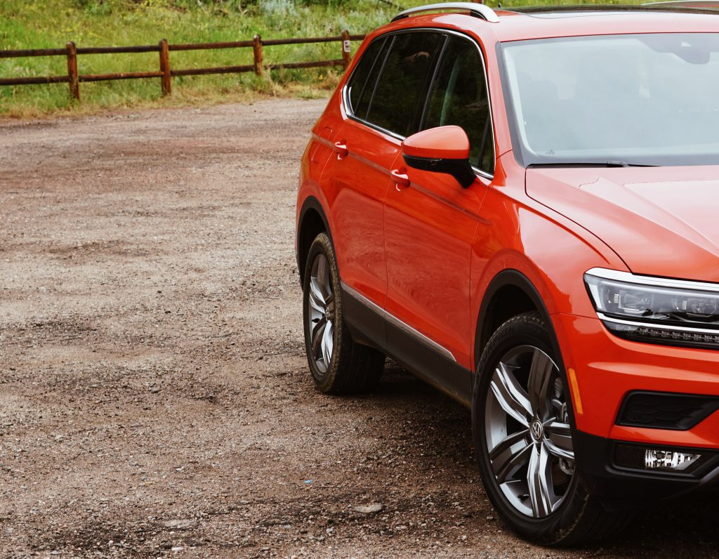 2018 Volkswagen Tiguan Habanero Orange Metallic Media Drive