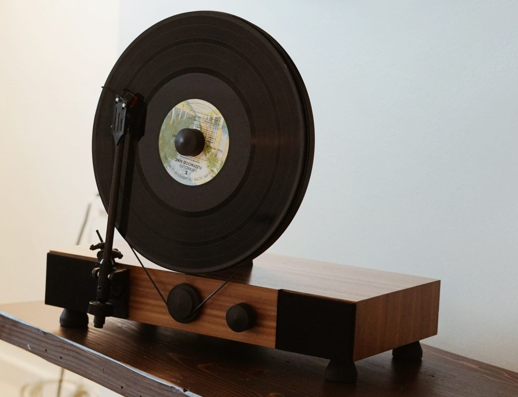HALCYON, a hotel in Cherry Creek Stay Record Player