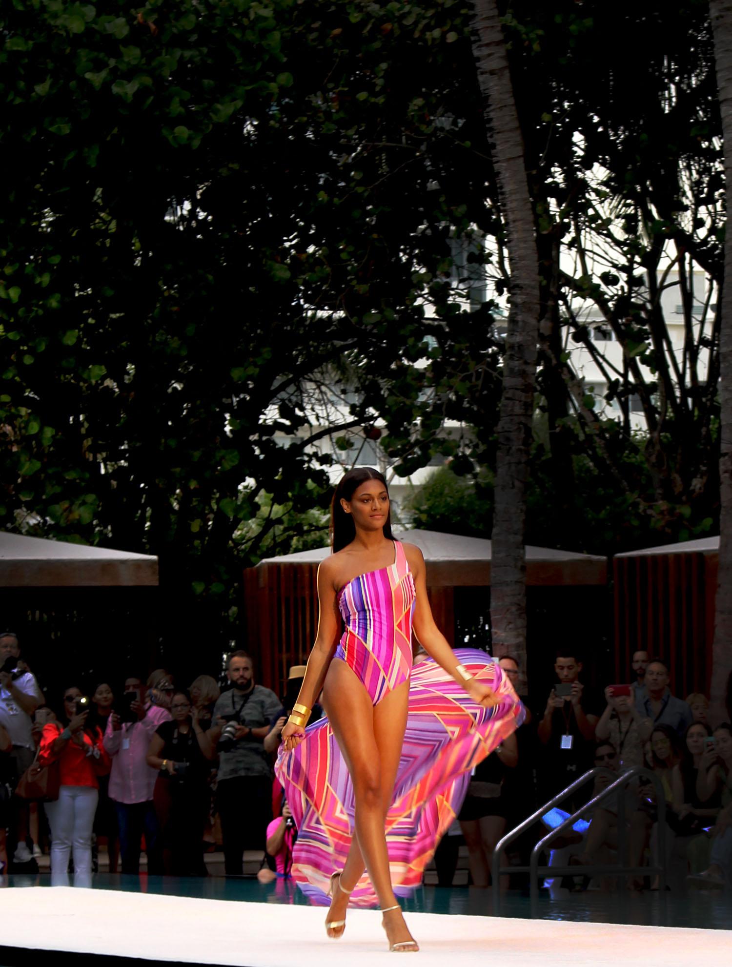Gottex Runway Miami Swim Week Fashion Blogger