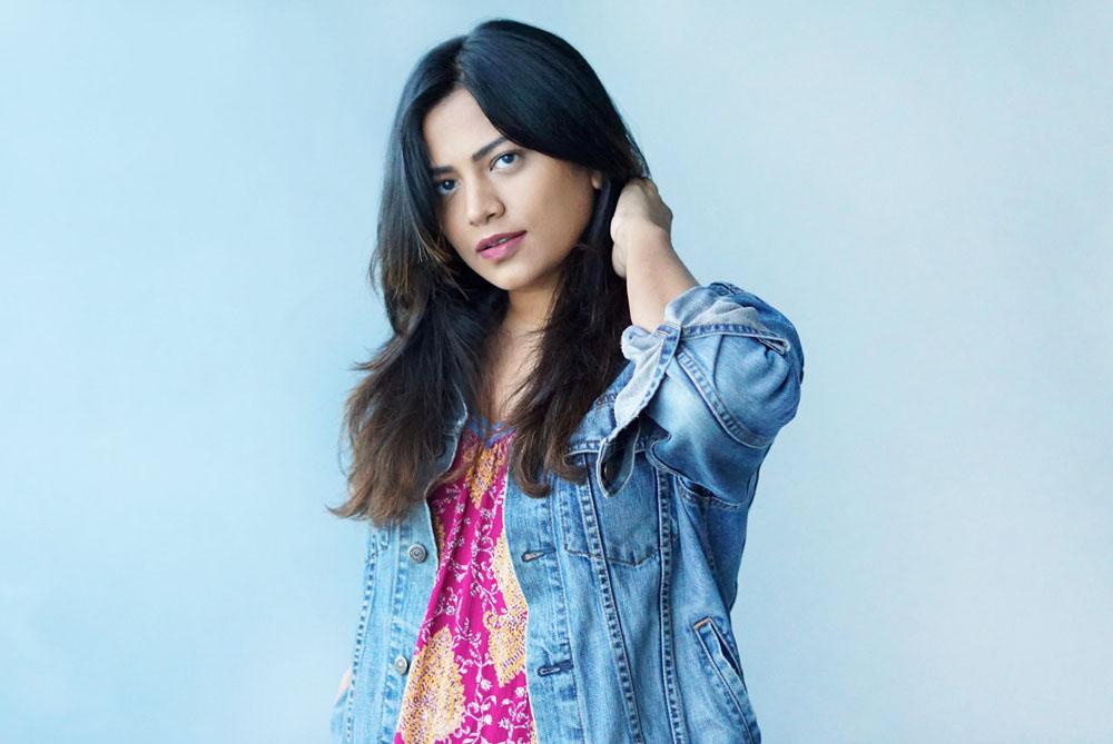 Indian Miami Fashion Blogger Chic Stylista