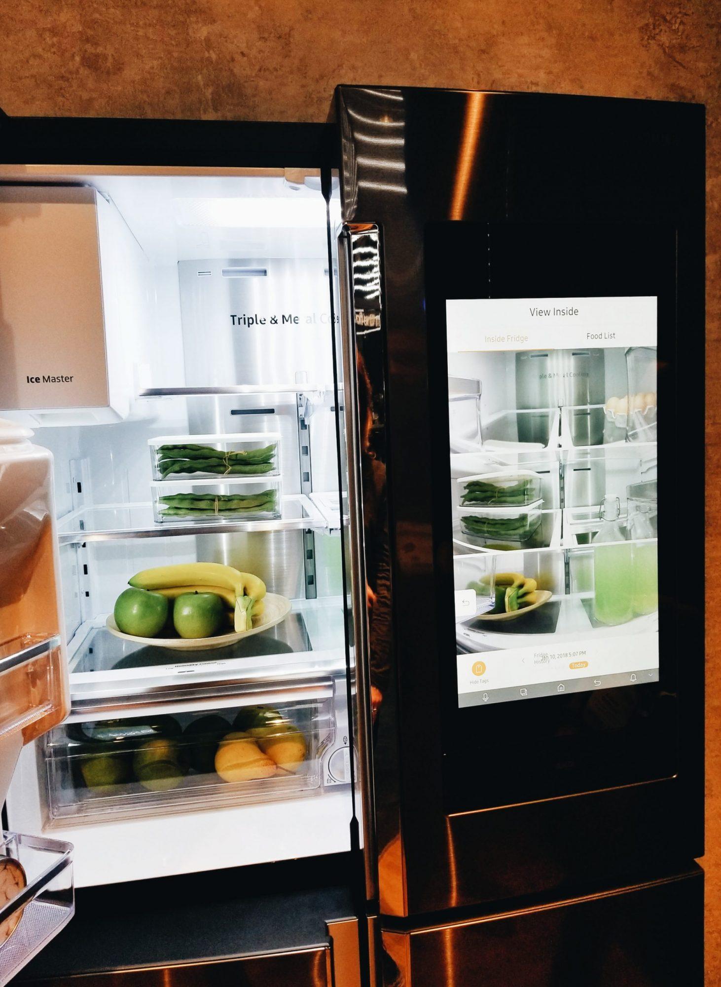 CES 2018 Samsung Bixby Refrigerator