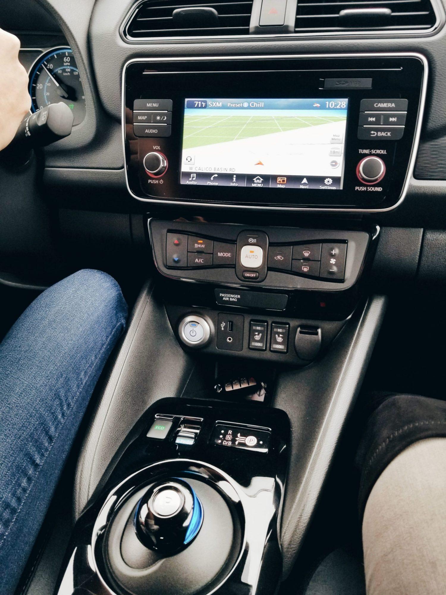 Tech Blogger CES 2018 Nissan Leaf