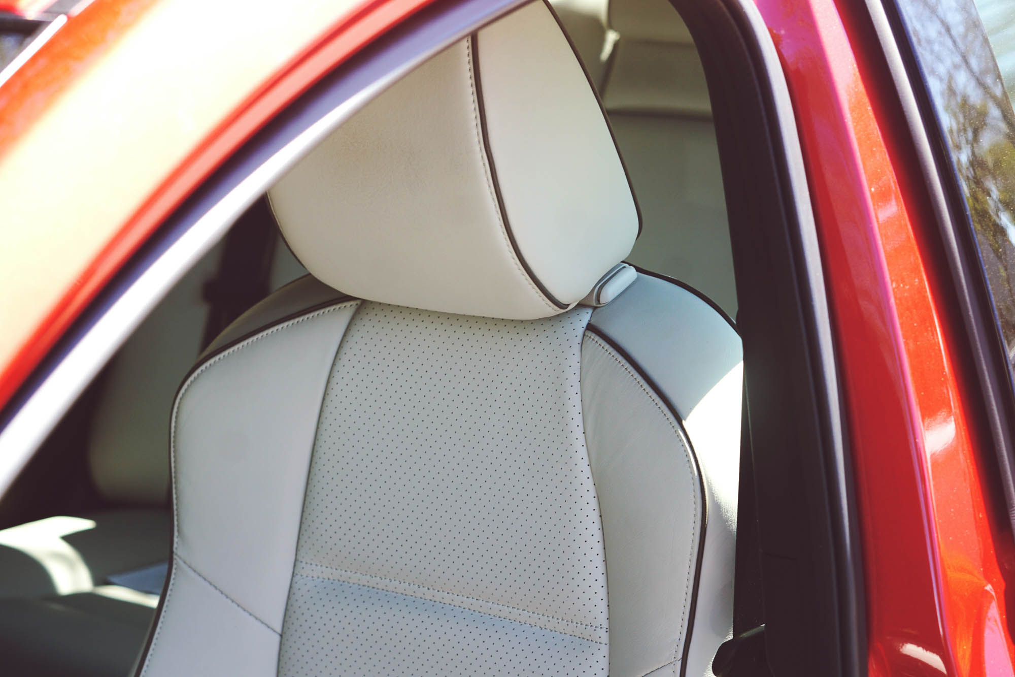Mazda6 GT Front Seat Detail