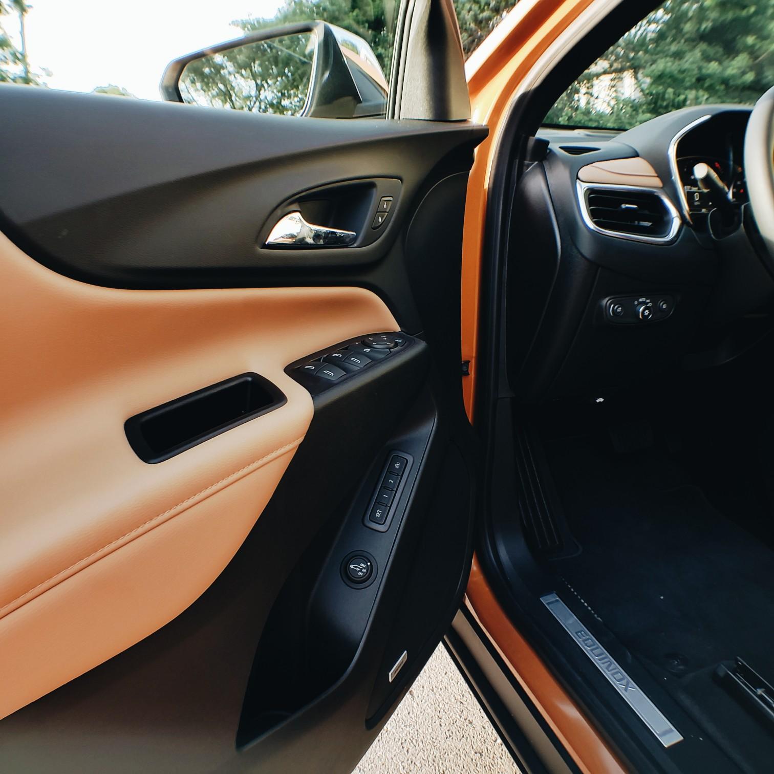 2018 Premiere Chevrolet Equinox Interior