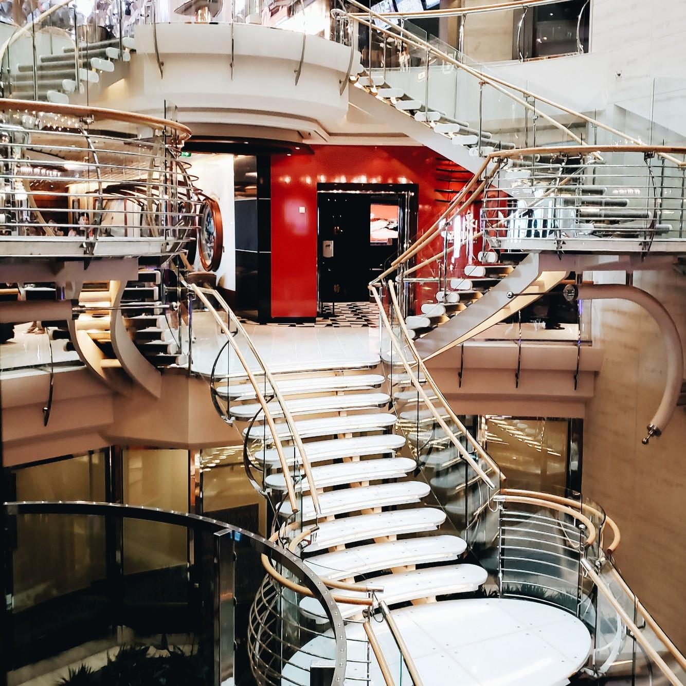 Royal Caribbean Mariner of the Seas Interior