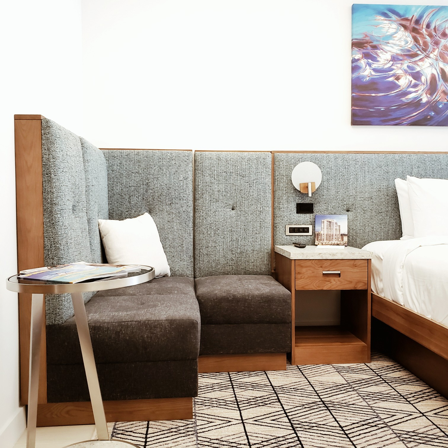Circ Hotel Bedroom Attached Sofa Sitting