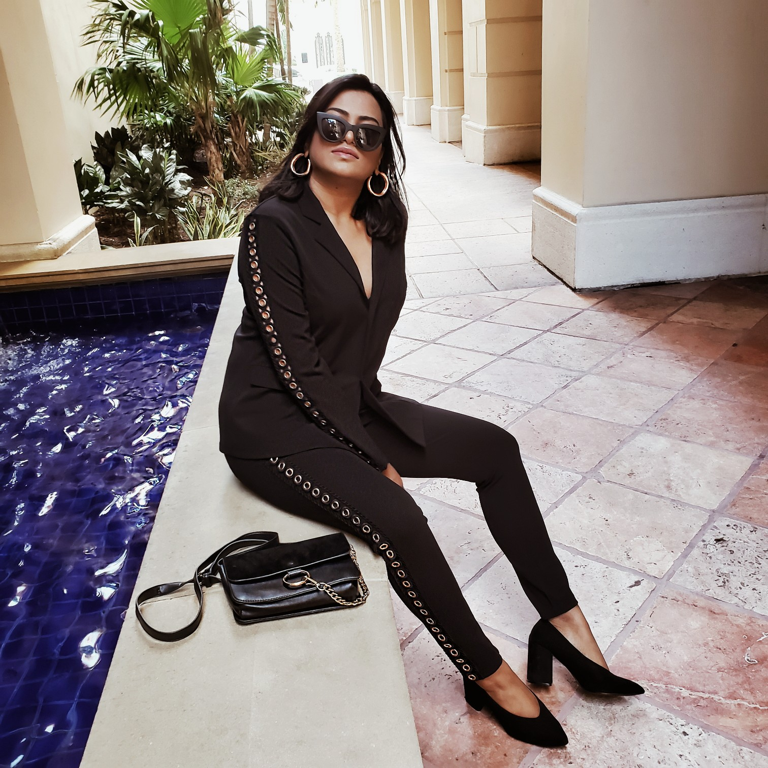 Afroza Khan Miami Influencer Black Chic Pant Suit Miami Street Style