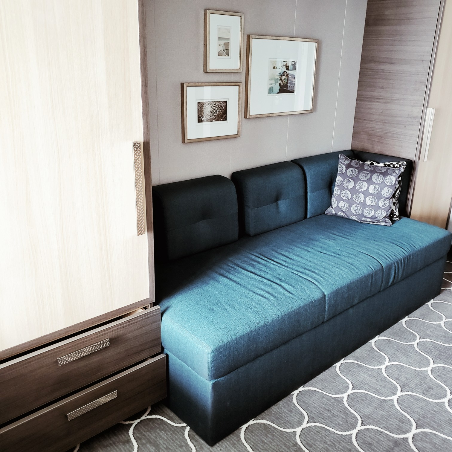Royal Caribbean Symphony of the Seas Ocean view Stateroom Teal Sofa