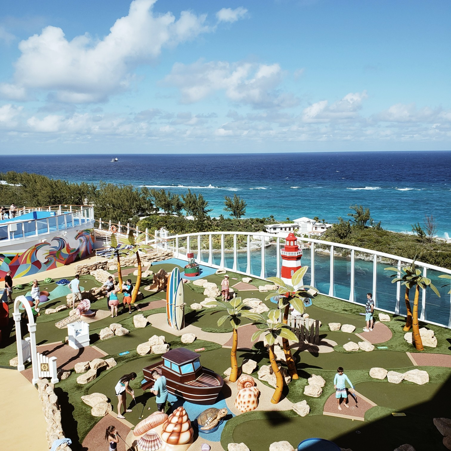 Royal Caribbean Symphony of the Seas The World's Largest Ship Mini Golf