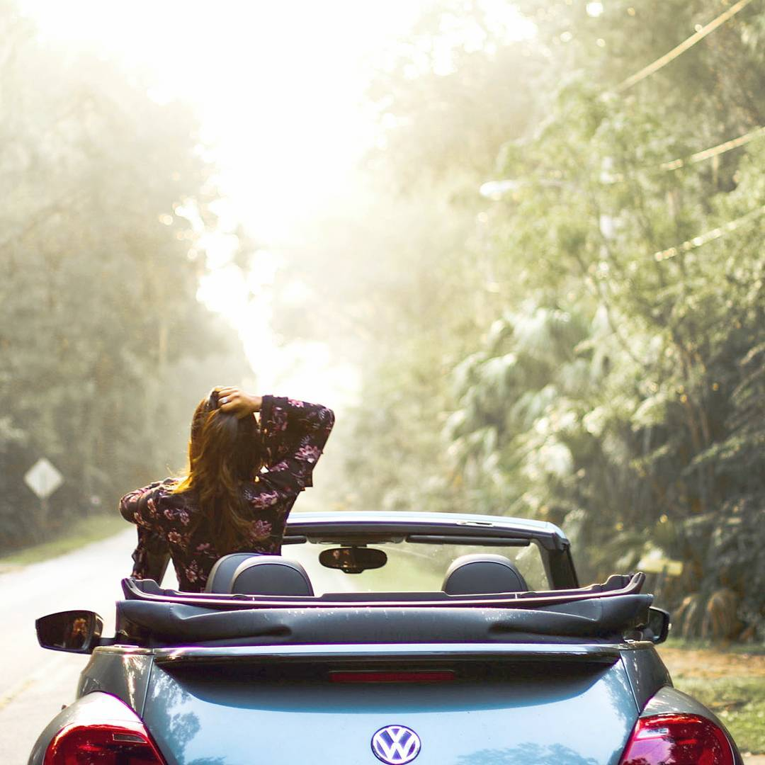 Miami Car Blogger Afroza Khan Roadtrip with Volkswagen Beetle