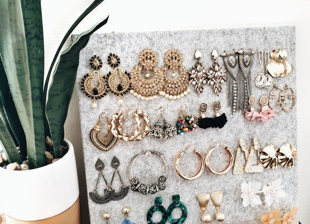 DIY: A Chic Way To Display All Your Earrings
