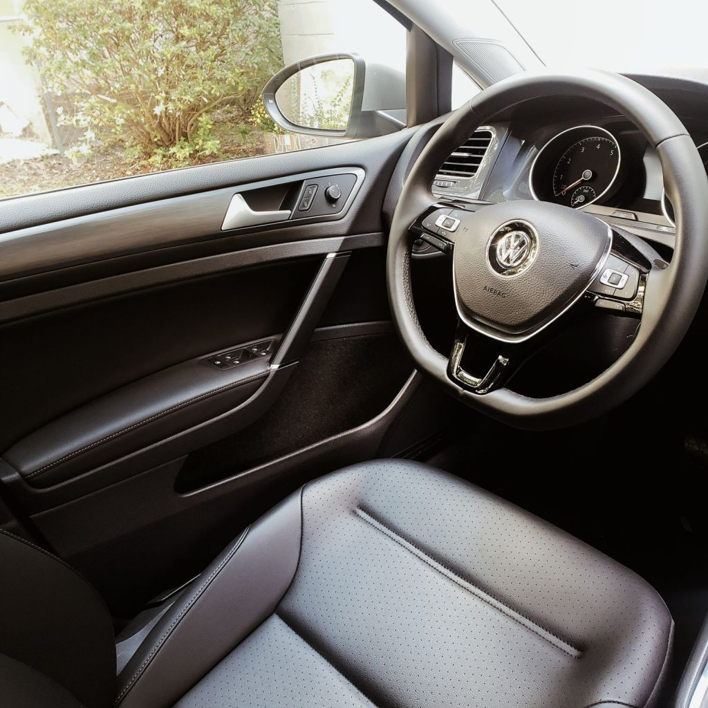 Driver Seat of 2020 Volkswagen Golf